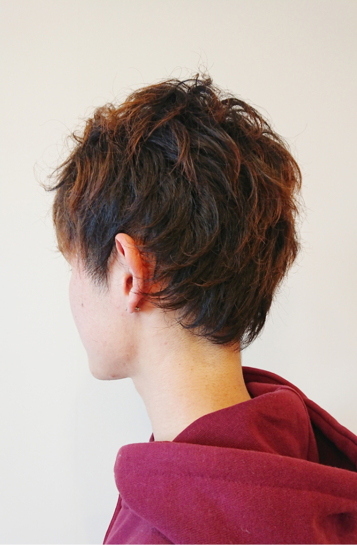 2ブロ・くせ毛を生かし毛先は毛束感を