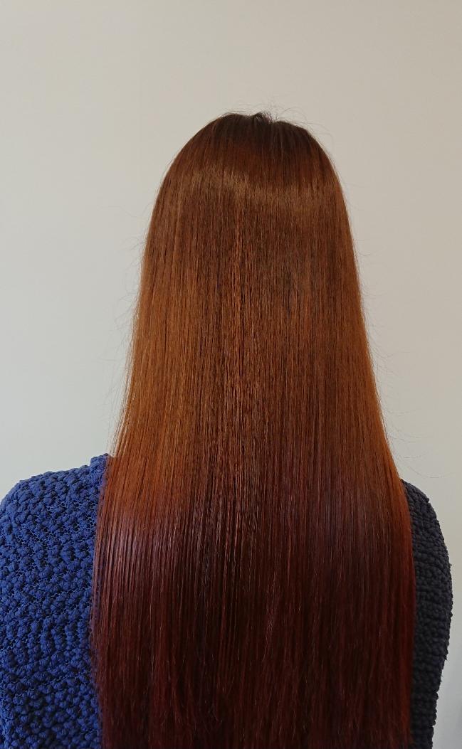 つや髪ロングヘア